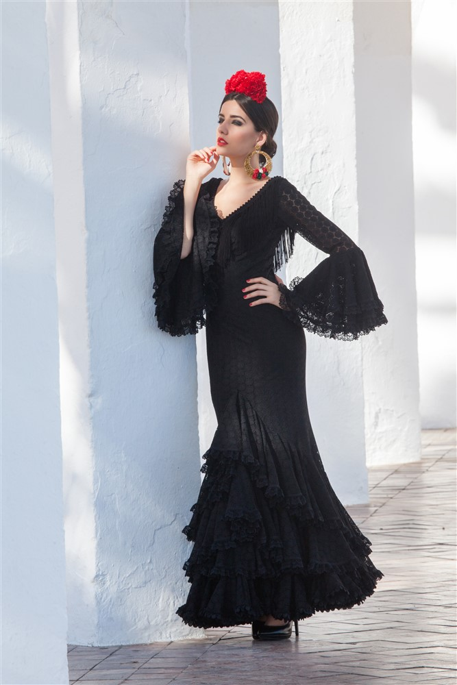 traje de flamenca negro azabache