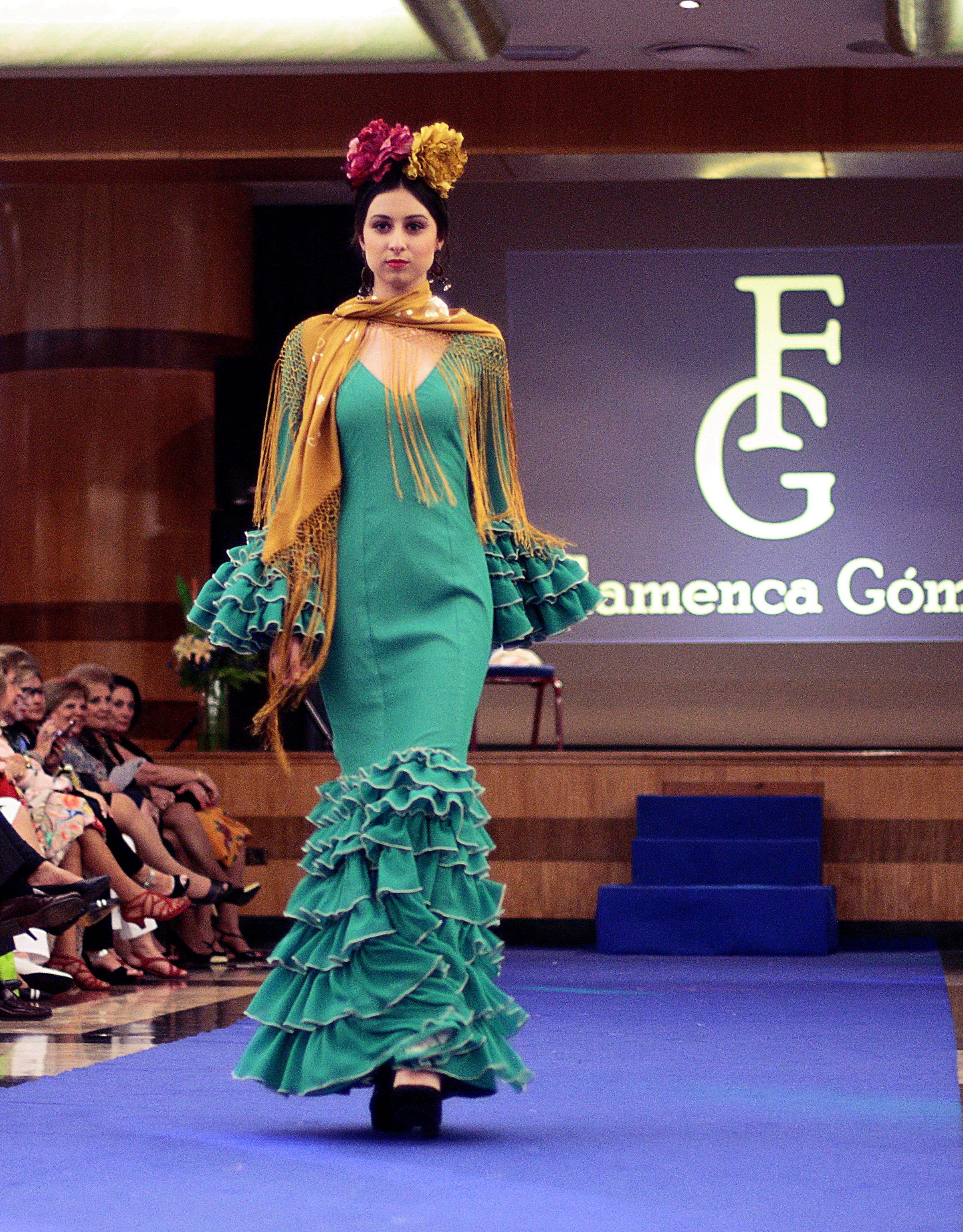 traje flamenca verde floresta