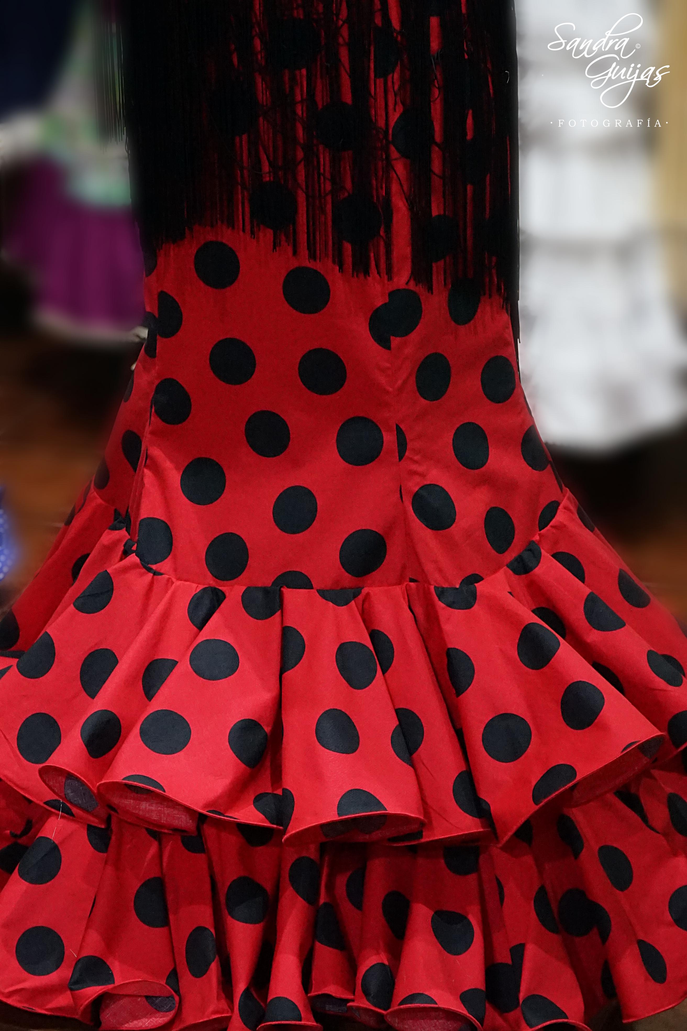 Falda flamenca lunares